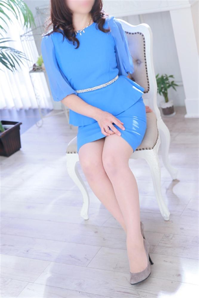 篠宮さくらさん所属、人妻専門ミセスレヴォアールのホームページ